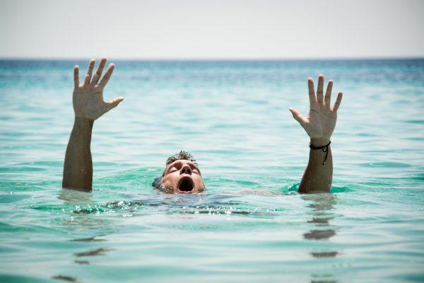 verdrinking van een volwassene